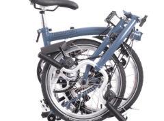 Brompton: M3L Cloud Blue 3 vel. – Bicicleta Plegable