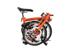 Brompton: M6L Signal Orange 6 vel. Wide Saddle – Bicicleta Plegable